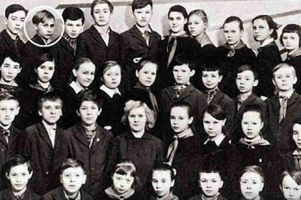 PUTIN IMAO LOŠE OCENE I BEŽAO SA ČASOVA, ALI SE ONDA UOZBILJIO: Razredna Vera otkrila detalje o mladosti predsednika Rusije