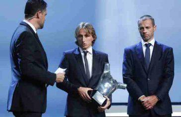 """Ronaldo """"poludeo"""" jer je nagrada UEFA otišla Modriću"""