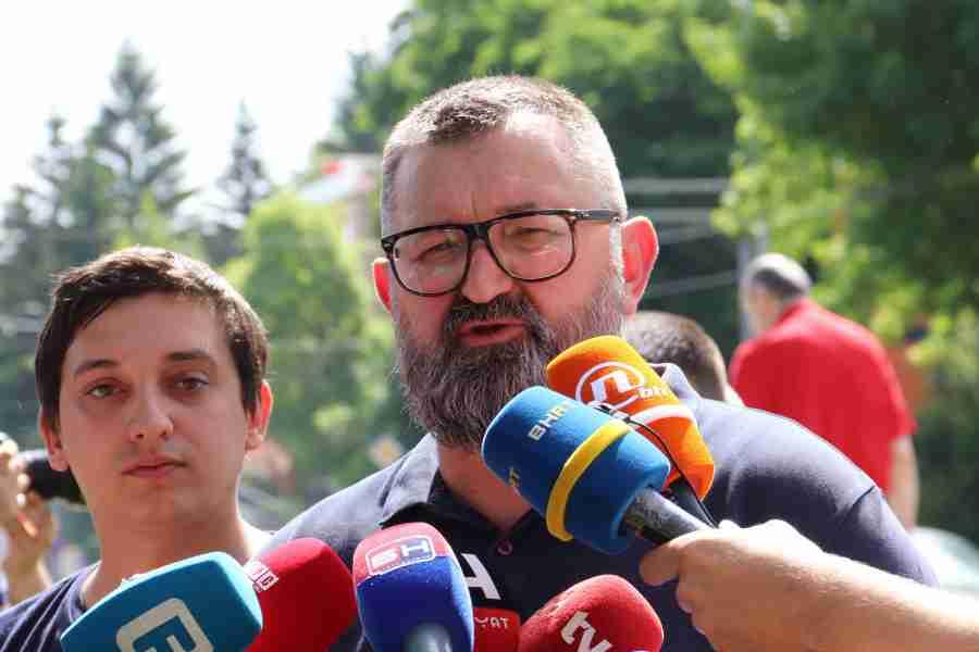 """ELDIN KARIĆ, UREDNIK """"ŽURNALA"""" KOJI JE OSRAMOTIO TEGELTIJU: """"Kada pravosuđe uđe u kafane tu je kraj države"""""""