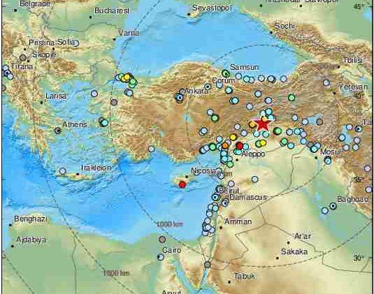 TRESE SE TURSKA! Vriska, suze i strah: Dramatični snimci iz Turske nakon katastrofalnog potresa
