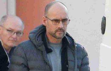 DOBRO POGLEDAJTE, OVAJ ČOVJEK JE LIKVIDIRAO IBRAHIMA DEDIĆA: Kontoverzni bosanski bankar ubijen je ispred zgrade, ali niko ne vjeruje da je on ovo mogao učiniti….