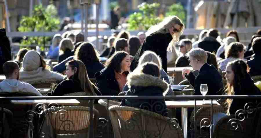 JESU LI ONI JEDINI NORMALNI?: U Švedskoj život protiče sasvim normalno, a broj zaraženih i mrtvih nije ništa veći od evropskog prosjeka