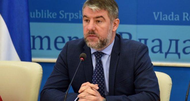 """DODIKOV BOŠNJAK ALEN ŠERANIĆ NAJAVIO: """"Svi državljani FBiH koji se nalaze u RS-u bit će sprovedeni na teritorij Federacije!"""""""
