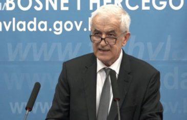 Ministar Mandić ubio sve nade: Možda ćemo starijim ljudima dozvoliti kretanje, ali ne i kafićima i ostalima da rade