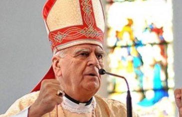 Dosta je bilo: Hercegovački biskup Ratko Perić naložio otvaranje svih crkvi i održavanje svetih misa s narodom!