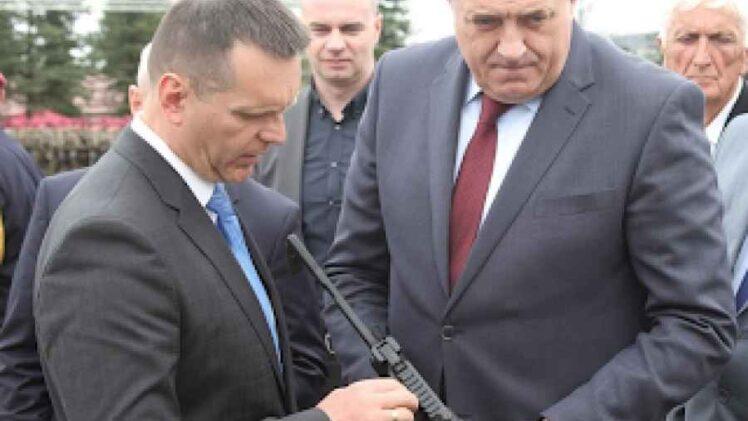 NOVA DRAMA U RS-u: Sukob Dodika i Lukača oko novog direktora Policije RS-a; Njihovi glavni kandidati aktivno učestvovali u opstrukcijama istrage o ubistvu…