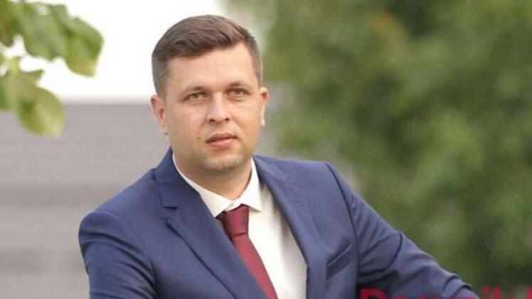 ZOVITE MI MILOVIĆA; OMILJENI ČOVIĆEV UREDNIK S BHT-a NADMAŠIO SEBE: Sada bi zbog skupa u Sarajevu smijenio i ambasadora Hrvatske u BiH…