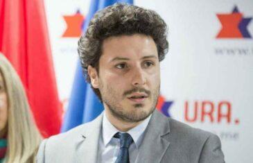 Politički zemljotres u Crnoj Gori: Hoće li Albanac Dritan Abazović stati uz prosrpske stranke