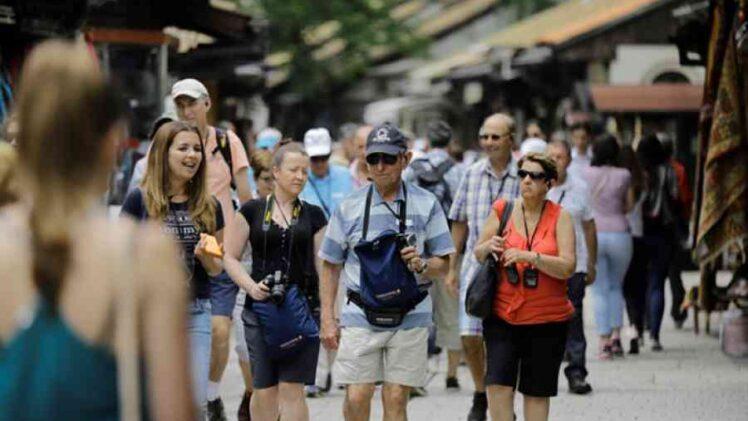 CRNO NAM SE PIŠE: BIH zbog pandemije izgubila pola miliona turista, kako ćemo dalje…