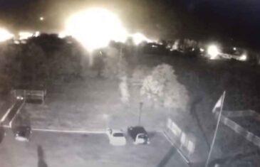 SVI SU U ŠOKU: Pojavio se snimak pada vojnog aviona u Ukrajini u kojem su poginule 22 osobe