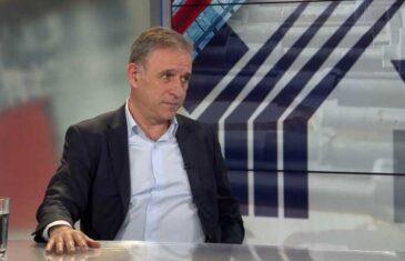 BIVŠI NAČELNIK GENERALŠTABA VOJSKE SRBIJE SPUSTIO VUČIĆU: Za Srbe i Albance Abazović važniji od Trampa i šeika