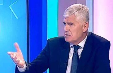 OVO PAS S MASLOM NE BI POJEO: Pogledajte šta je sve Čović rekao o Izetbegoviću i Komšiću na javnom RTV servisu…