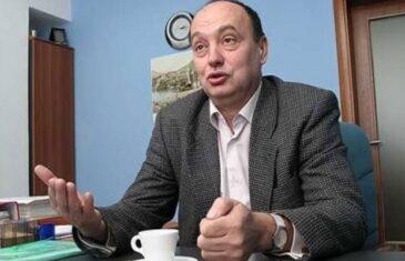 Muški savjeti Edhema Bičakčića za Bakira Izetbegovića: 'Prvo svojoj supruzi mora reći da se povuče iz svih funkcija, a onda…'