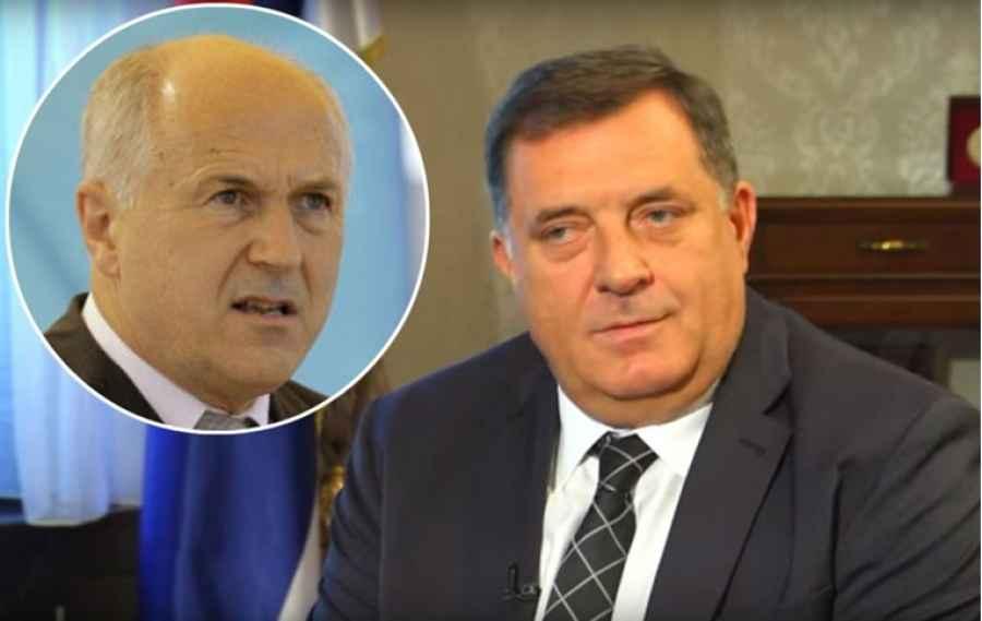 """INZKO MATIRAO DODIKA: """"Ako ne ukloni ploču s imenom Radovana Karadžića, ide u višegodišnji…"""