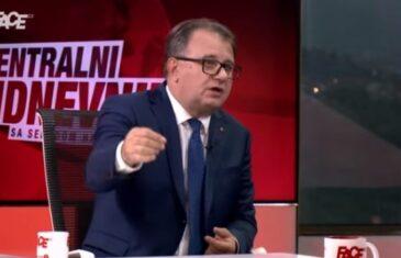 Stid me je građana, ali ne mogu mi moralisati Ramić koji je dijelio bolesne junice, Salkić koji je nani Fati nudio novac da ostavi crkvu…