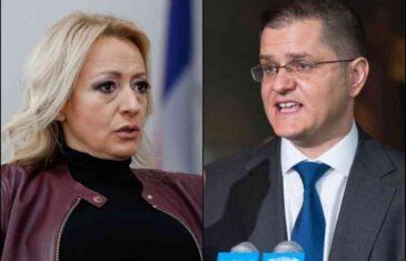 """ALEKSANDRA PANDUREVIĆ PITA VUKA JEREMIĆA: """"Je li interes RS-a da nas Dodik i njegova vlast, krade, vara, ponižava i sramoti u svijetu?!"""""""