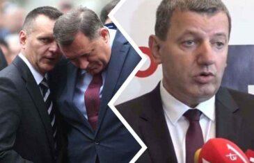 """RADOVANOVIĆ ZATRESAO REPUBLIKU SRPSKU; SLAVIŠA KRUNIĆ RAZOTKRIO SPECIJALCE-PLJAČKAŠE: """"Ministar Lukač organizator pljačke koja je trebala uništiti Krunića!?"""""""