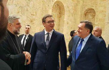 VLADIKA GRIGORIJE IZLUĐUJE DODIKA I VUČIĆA: Dokaz za to je ova odluka Srpske pravoslavne Crkve…
