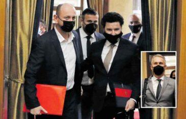 CRNU GORU TRESE SKANDAL DECENIJE: Saslušanje Dritana Abazovića pretvorilo se u skandal međunarodnih razmjera, ugrožena nacionalna sigurnost…