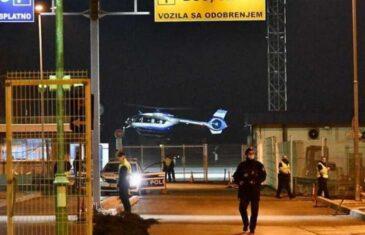 """Pogledajte kako izgleda zloglasni Darko Elez nakon izručenja iz Srbije i kako je """"dočekan"""" na Sarajevskom Aerodromu!"""